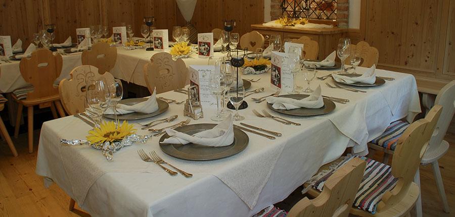Hotel Hochfilzer, Ellmau, Austria - Dining room interior.jpg
